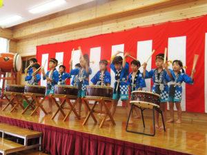 みんなで和太鼓演奏に挑戦。とってもかっこよかったです‼